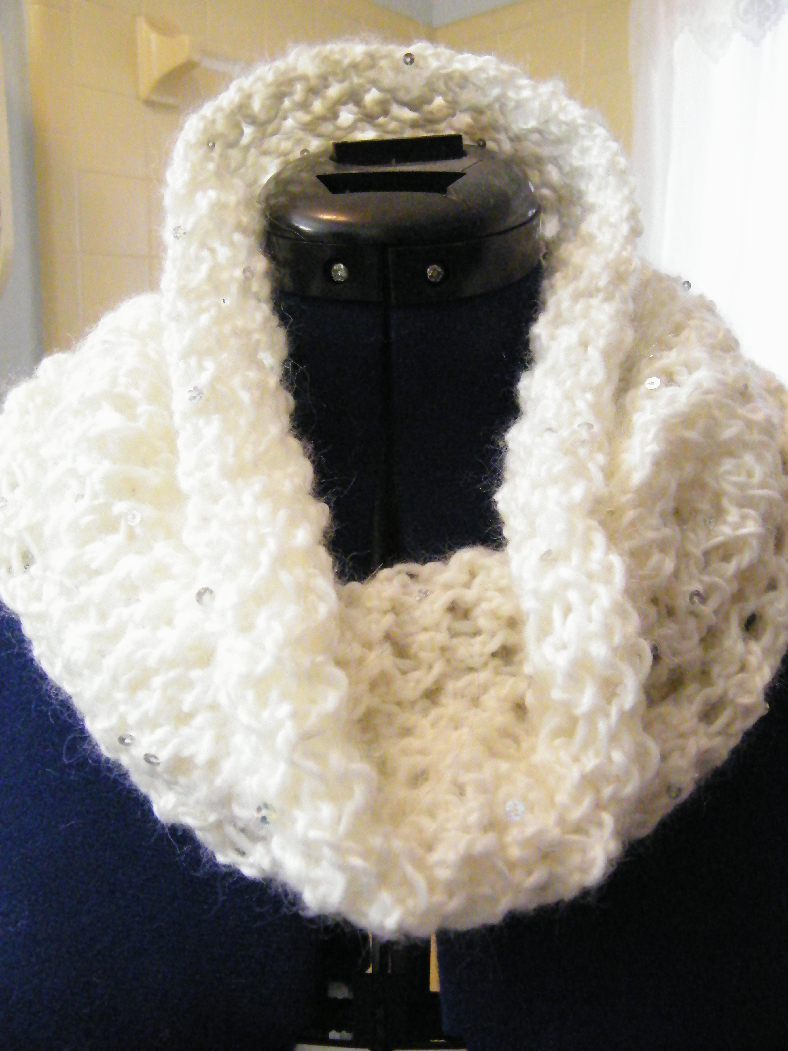 Knitted Eternity Scarf | The Thrifty Needle