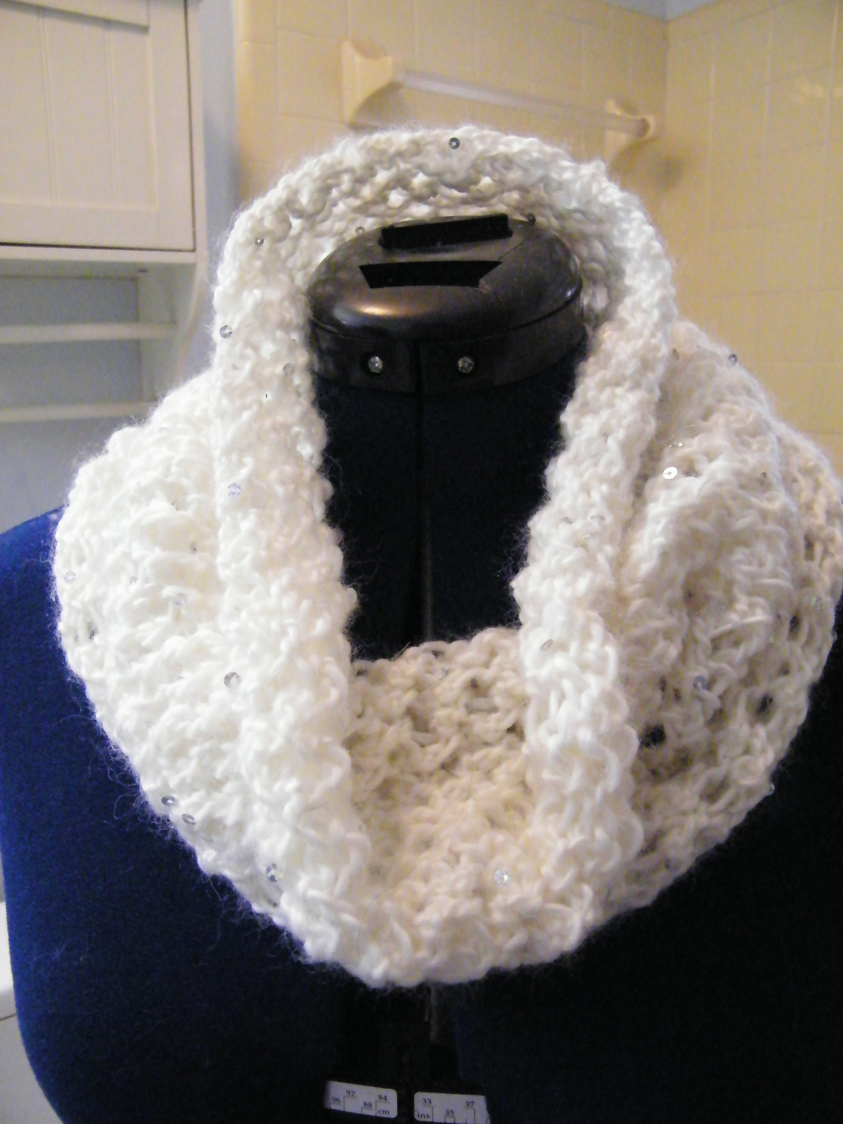 Knitting Pattern For Eternity Scarf : Knitted Eternity Scarf The Thrifty Needle