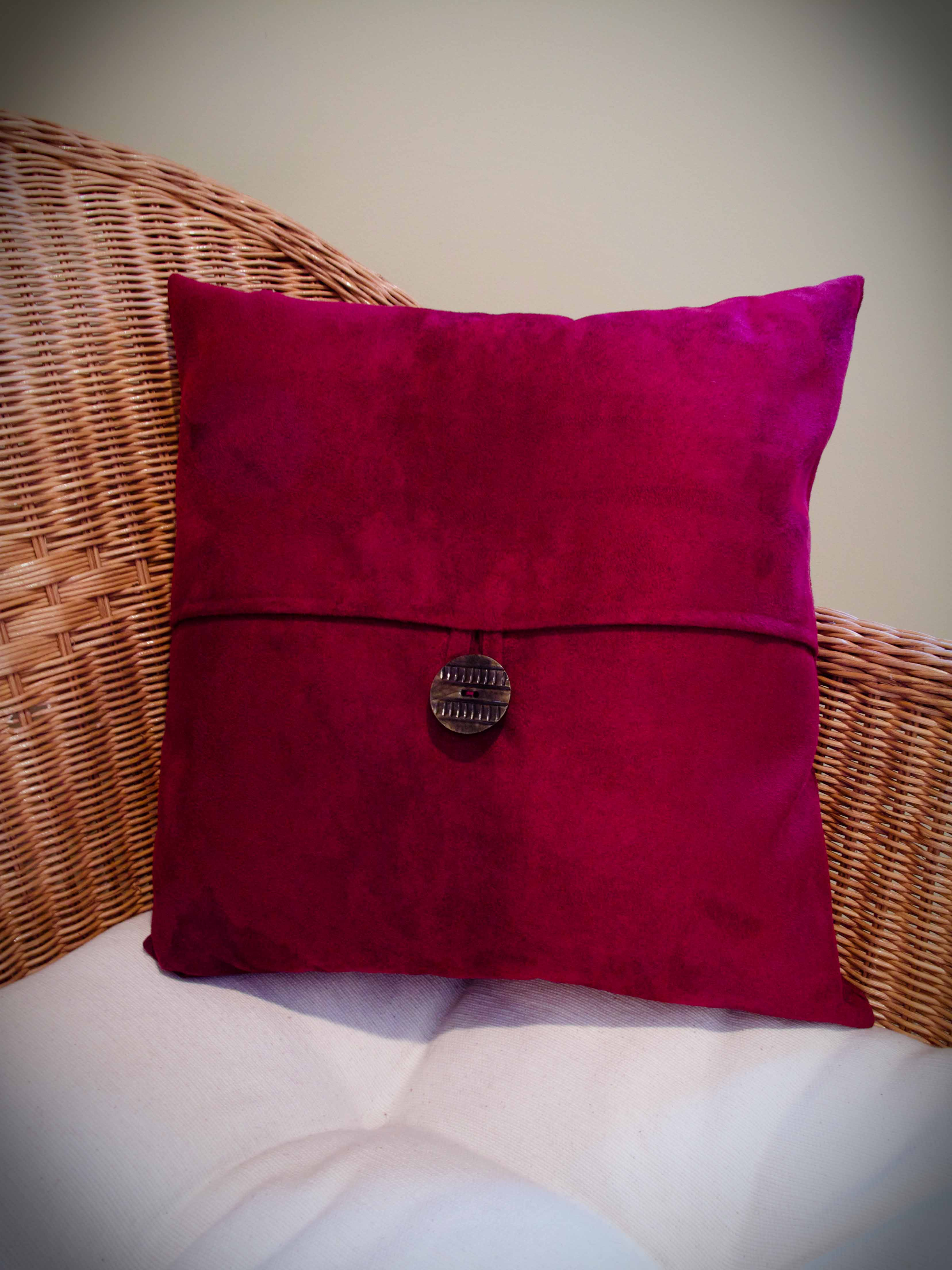Quick Make Pottery Barn Inspired Pillows The Thrifty Needle