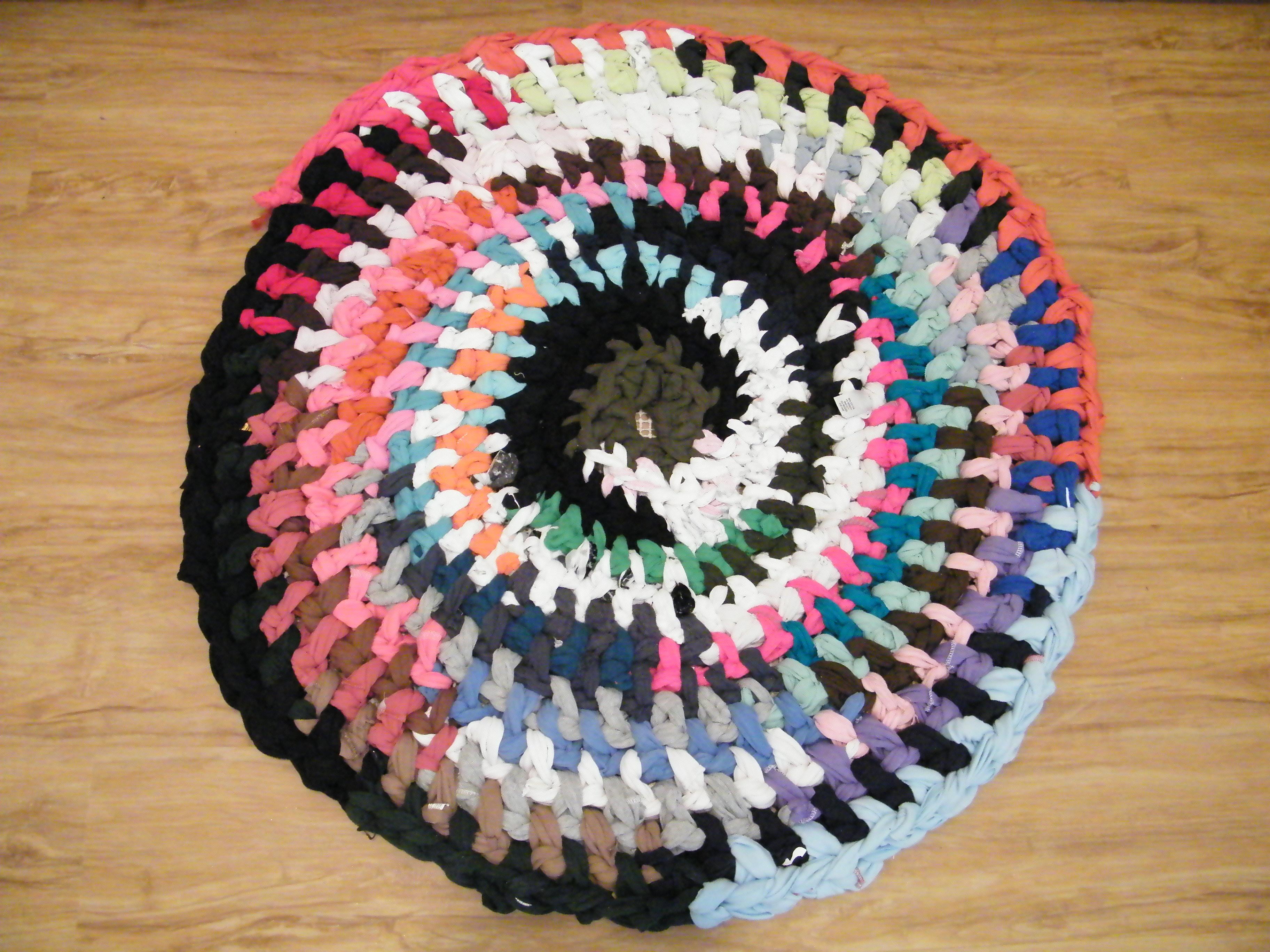 Crochet T Shirt Rug Repurpose The Thrifty Needle
