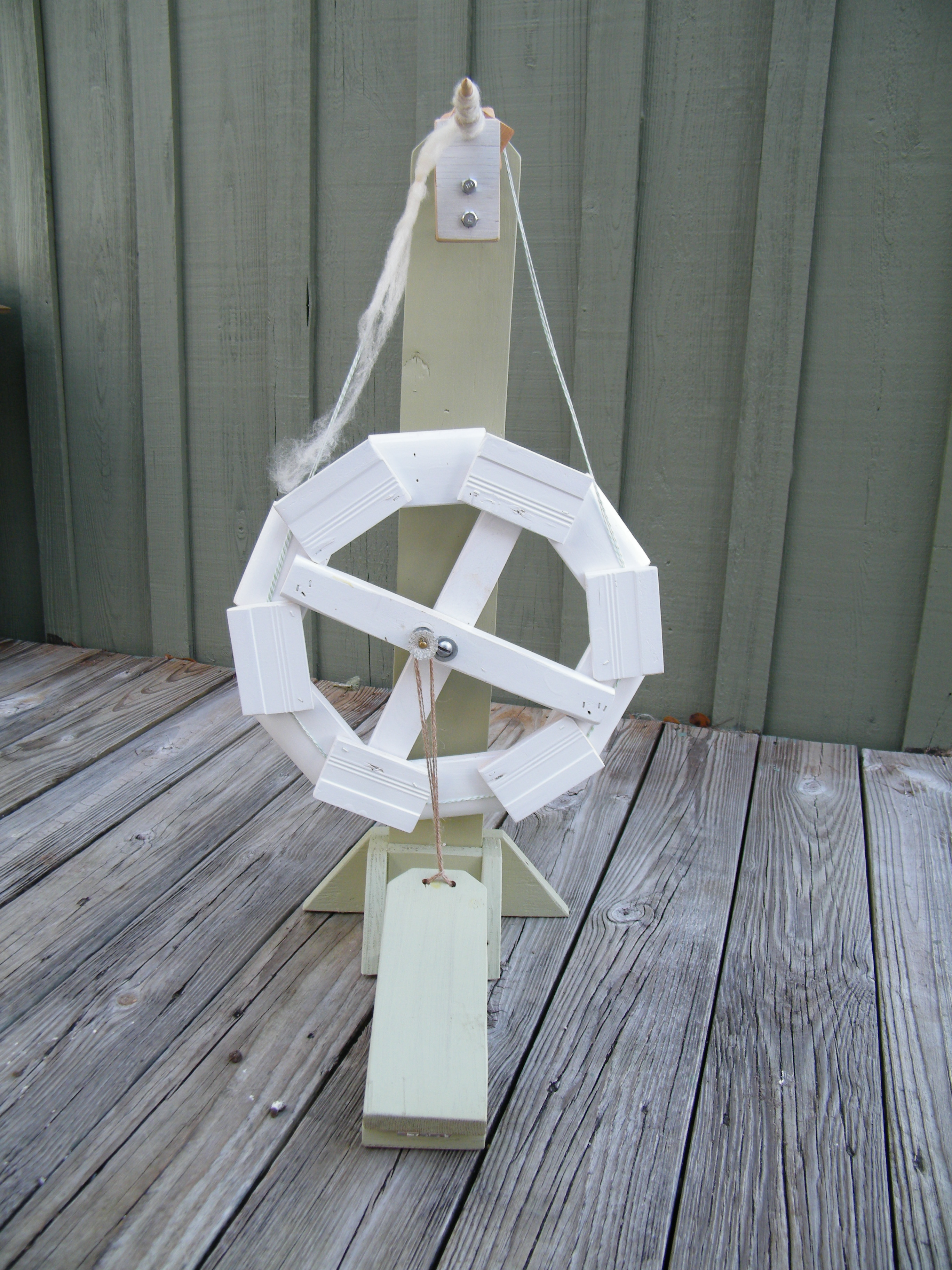 Dodec Spinning wheel | The Thrifty Needle